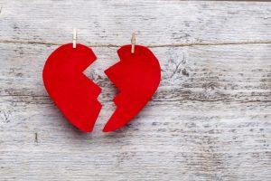como-superar-una-ruptura-amorosa-saludablemente-1-976x651